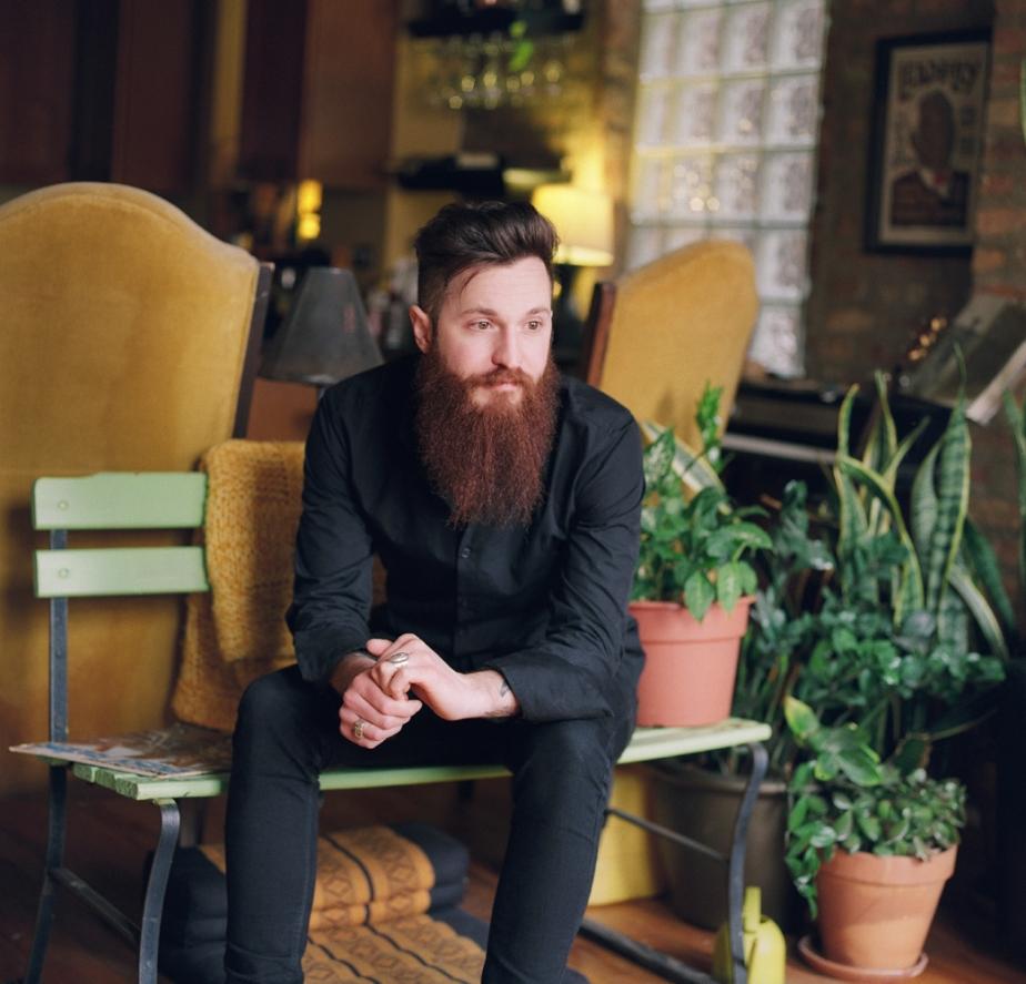 Gavin, bartender, musician andsinger